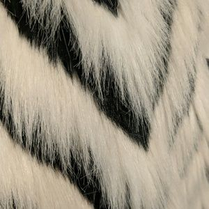 Victoria Harbour Jackets & Coats - Victoria Harbour white/black Chevron Faux Fur Vest